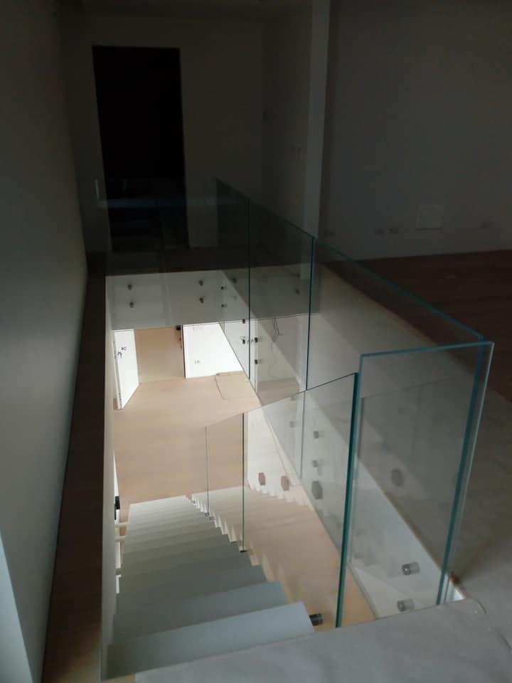 Designe del vetro ringhiera interno scala 1